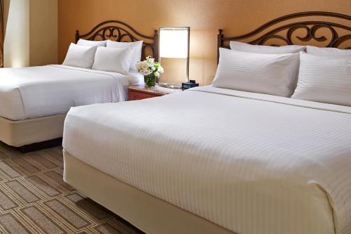 Miramonte Resort - Spa Curio Collection by Hilton - Indian Wells, CA 92210