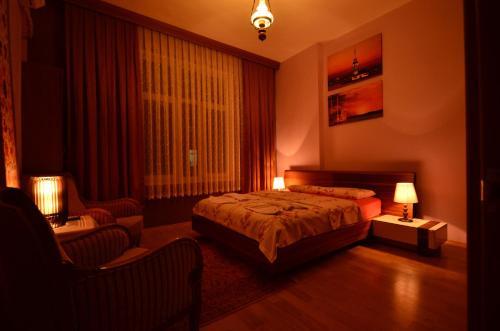 Station Hotel 34