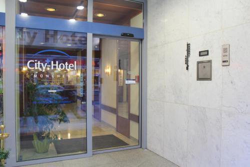 City-Hotel München photo 29