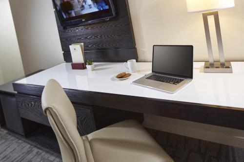 Hotel Karlan San Diego - a DoubleTree by Hilton. - San Diego, CA 92129