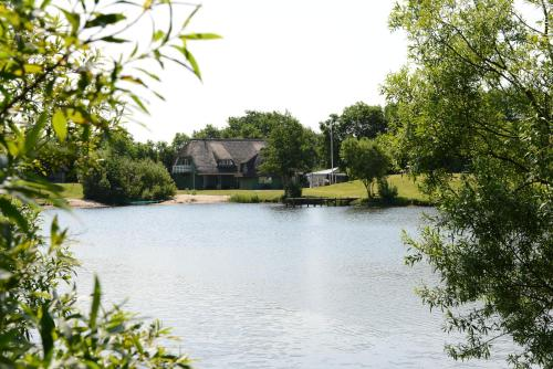 Storkesøen Ribe Holiday Cottages and Apartments, Pension in Ribe