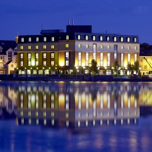 . Waterford Marina Hotel