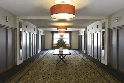 Hotel Pennsylvania Классический номер с 2 отдельными кроватями