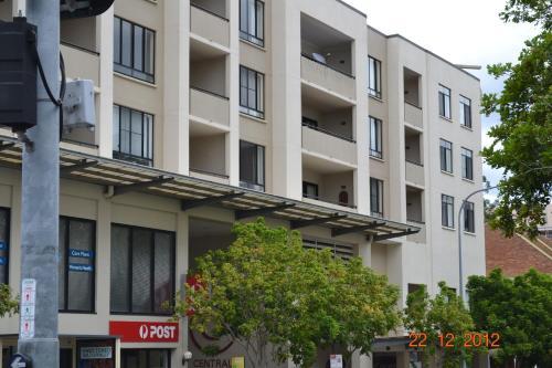 Фото отеля Spring Hill Central Apartments