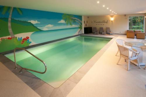 . Luxurious Villa 't Kasteelhof