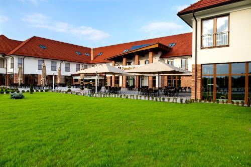. Family-Hotel