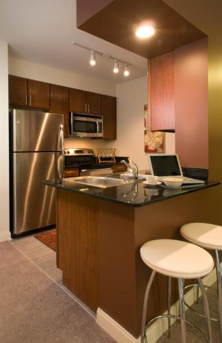 Oakwood 200 Squared Апартаменты с 2 спальнями
