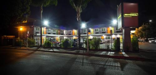 Inn At Temescal - Oakland, CA 94609