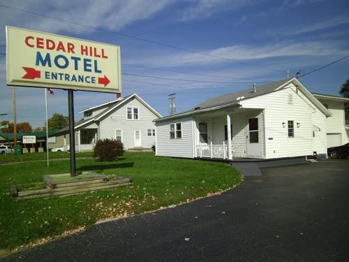. Cedar Hill Motel