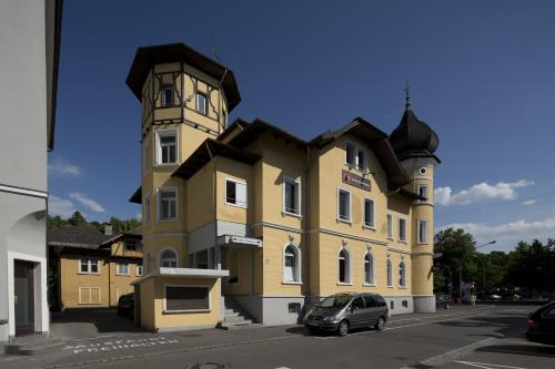 Фото отеля Hotel Falken