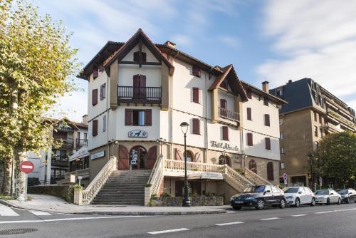 . Hotel Alameda