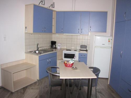 Karistos Mare Apartments