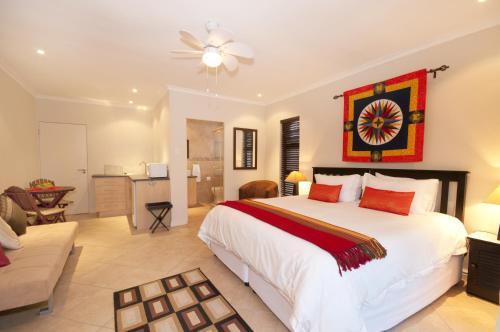 Hotel Corner House Accommodation