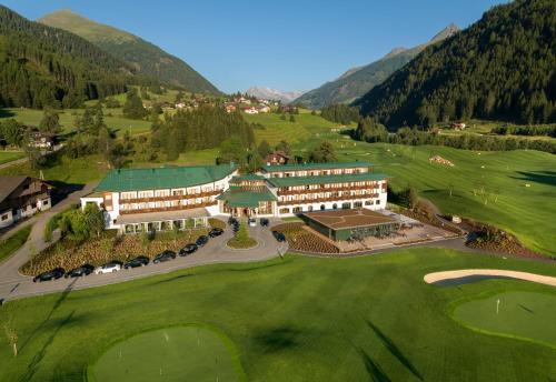 Фото отеля Defereggental Hotel & Resort
