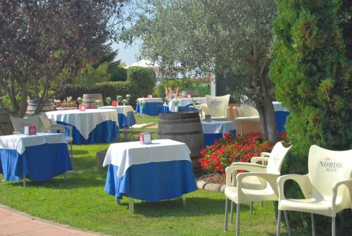 Restaurante Hotel Cuatro Calzadas 22