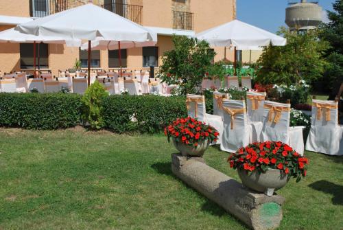 Restaurante Hotel Cuatro Calzadas 21