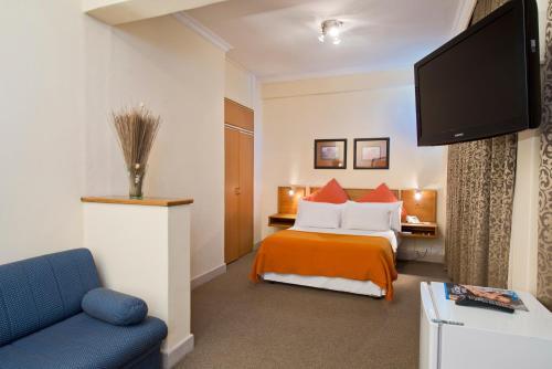صور غرفة Protea Hotel by Marriott Windhoek Thuringerhof