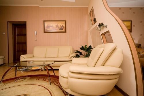 Hotel Zolotoy Strelets - Krasnoyarsk