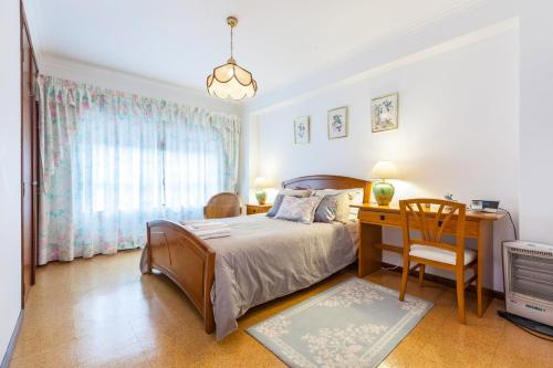 . Amorosa Beach Apartment