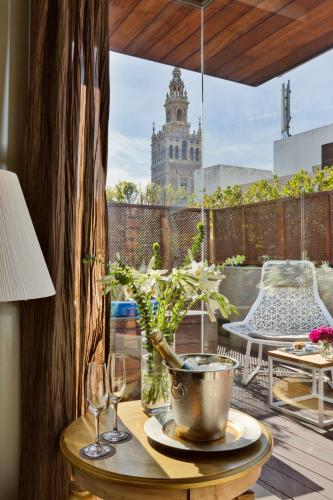 Deluxe Room with Terrace and Jacuzzi® Hotel Casa 1800 Sevilla 19