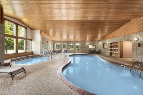Country Inn & Suites By Radisson Northfield Mn - Northfield, MN 55057
