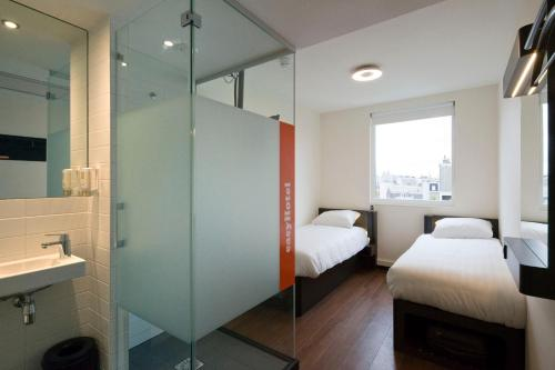 easyHotel Amsterdam City Centre South photo 4