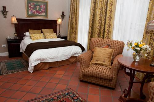 Suite Familiale 2 Chambres (4 Adultes) (Family Two-Bedroom Suite (4 Adults))