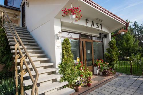 . Pension Hotel Fast