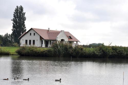 Pozsár Horgász és Vendégház