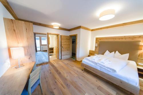 Фото отеля Hotel Giessenbach