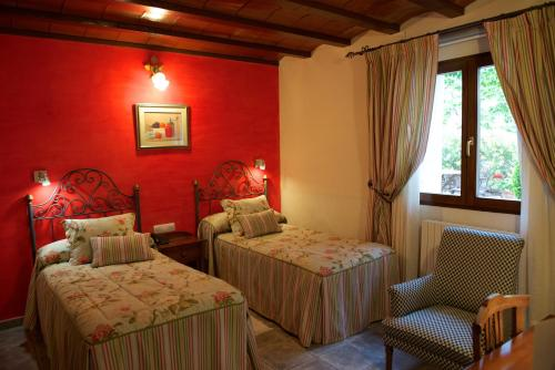 Standard Twin Room - single occupancy Hotel Rural Masía la Mota 10