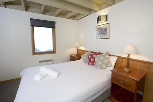 Eagles Nest - Hotel - Hotham