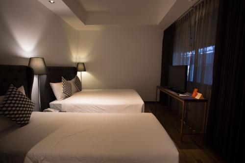First House Hotel Bangkok photo 31
