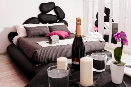 Two Chic Guesthouse - image 10