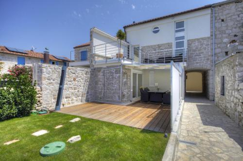 Waterfront Home - Villa Sailor's Delight - Hotel - Betina
