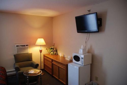 Commons Inn - Halifax, NS B3K 1H8