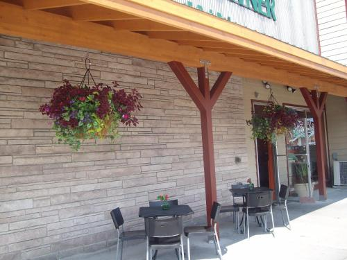 Downtowner Inn - Whitefish, MT 59937