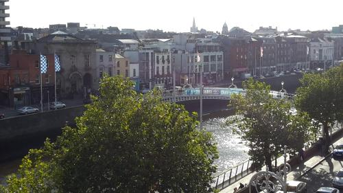 Hotel Ha`penny Bridge View Flat