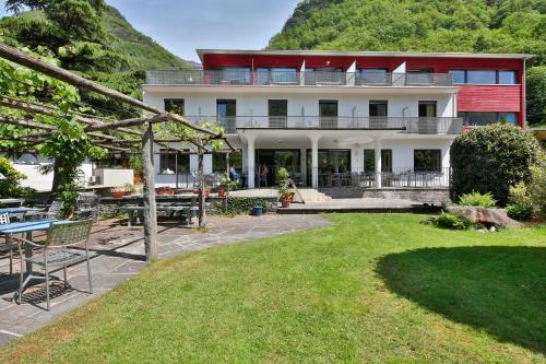 . Eco-Hotel Cristallina