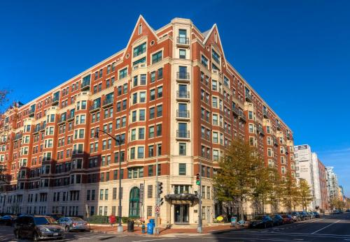 M Street Apartment By Stay Alfred - Washington, DC 20005