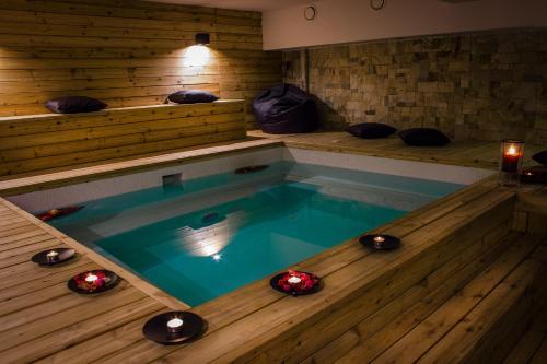 __{offers.Best_flights}__ Trigrad Hotel