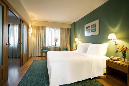 SANA Metropolitan Hotel photo 14