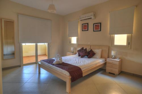 Apartamento de 1 dormitorio con vistas a las montañas (One-Bedroom Apartment with Mountain View)