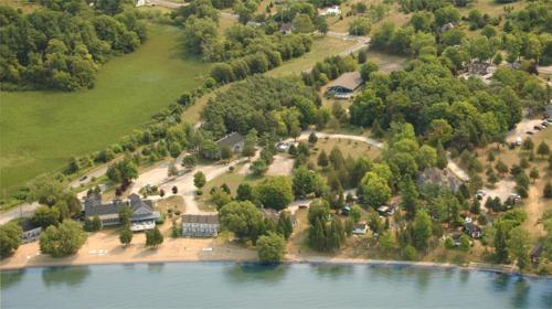. Isaiah Tubbs Resort
