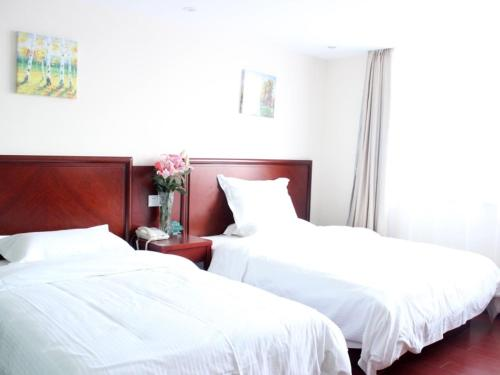 . GreenTree Inn Jiangsu Lianyungang Donghai New Bus Station Express Hotel