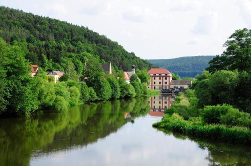 . Hotel Schlossresidenz Heitzenhofen