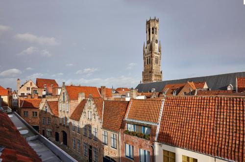 Sint-Niklaasstraat 18, 8000 Bruges, Belgium.