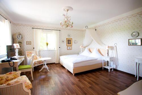 Gastwirtschaft & Hotel Hallescher Anger, Burgenlandkreis