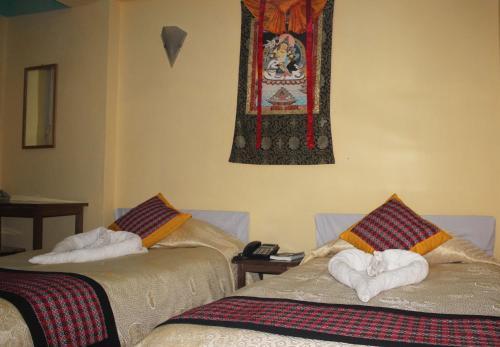 Simrika Homes Bed and Breakfast 5