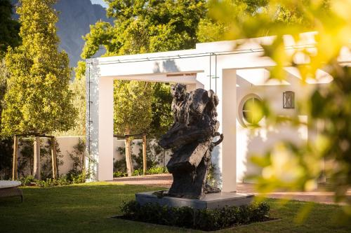 12 Huguenot Road, Franschhoek, South Africa.
